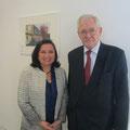 Egon Jüttner mit der Botschafterin der Republik El Salvador, I.E. Anita Cristina Escher Echeverria