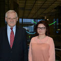 Egon Jüttner mit der Mannheimer Praktikantin, Julia Bachmann, im Deutschen Bundestag