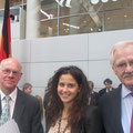 "Norbert Lammert, Vanessa Grifo und Egon Jüttner bei ""Jugend und Parlament"""