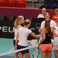 Das Team gutgelaunt - v.l.n.r. Stefanie Vögele, Viktorija Golubic, Belinda Bencic, Timea Bacsinszky und Heinz Günthard