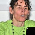 Brigitte zeigt in einer Power-Point-Präsentation Bilder von den drei bisherigen Fanclub-Anlässen mit Belinda, welche bereits vor der offiziellen Gründung stattgefunden hatten