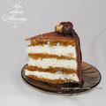 Пряный морковный торт с кремом из сливочного сыра