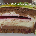 Многослойный (светлый и шоколадный бисквит, ванильный заварной крем со сливками, вишнёвое желе, шоколадный крем со сливками, вишня)