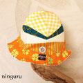 優しいオレンジの帽子 青のさし色を入れて爽やかに
