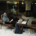 gemütliches sitzen in der lobby