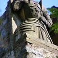 einer der vier (kopflosen) Ritter