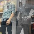 Elvis bei MAM JEANS im Schaufenster, Karlstraße 6, 61231 Bad Nauheim