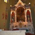 Altar der Kirche auf dem Sarkophag des Heiligen Gerhards, erster Bischof der Diozöse Tschanad (Quelle: www.koschyk.de)