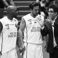 Will Barnes, Steffen Kiese, Coach Hamed Attarbashi