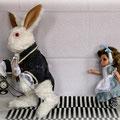 В этой съемке кролик еще не доделан.