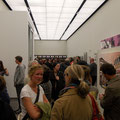 Menschen-meer in der Galerie