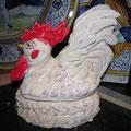 gallo di ceramica realizzato interamente a mano