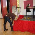 Susanne Graf FSV09 an der Bühnendeko