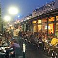 Naschmarkt mit vielen Bars & Restaurants
