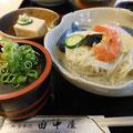 長谷寺前で、そうめん、ごま豆腐、くずきりをつるっと頂く