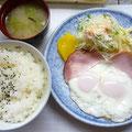 ハムエッグ定食¥550