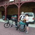 accueil et halte vélos cyclistes en tandem