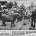 1989 06 03 Onthulling bronzen Pony-met-kind.