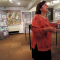 Claudine Pailhès commente l'exposition aux archives de Foix