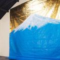 Blue mountain_345.0×345.0cm_ブルーシート アクリル絵具 金属箔_2016