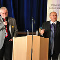 rechts: Manfred Letsche Veranstalter und Leiter der SHG Prostata Neuhof mit Claus Buchhorn