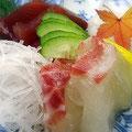 淡路島にて忘年会。新鮮な明石の鯛や鰹のお刺身。