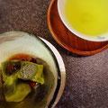 宝塚ホテル「曙」のランチのデザート。抹茶のわらびもち。