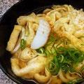 お出しが美味しい、梅田地下街のきざみうどん。