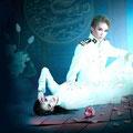 宝塚月組公演「舞音」のポスター。ブルーを基調にした美しい写真です。
