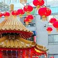森田空美着付け教室の忘年会が神戸でありました。中華街ではランタン祭りが開催中でした。