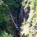 Wasserfall auf dem Weg zu den Röthelmoosalmen