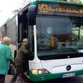 Kurze Busfahrt nach Bad Dürkheim - Foto P. Welker