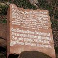Der Name? Ein Gedenkstein erinnert an den Unfalltod eines Kutschers des Zaren im Jahr 1815 (Bild: H. Idler)