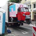 Na dann toi, toi, toi, Verladen zum Rücktransport von Bonn zurück nach Osnabrück, im Rahmen des Gabriele Münter Preises, 2010