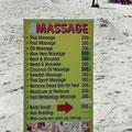 Natürlich gibt es auch tolle Thai-Massagen direkt am Strand