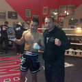 Sakis Dimou & Coach Stefan Lorenz, nach seinem 2. Ko Sieg im 2. Kampf