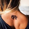 Tatouage éléphant cou