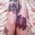 Tatouage chat et rose