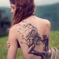 Tatouage divinité nature dos