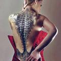 Tatouage biomécanique dos