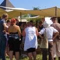 Trotz der Hitzewelle hatten wir immer Besucher im Lager...