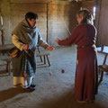 Die Käsefrau wollte Tundeln lernen - Rafarta gab kurzentschlossen Unterricht