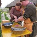 Bereits um die Mittagszeit begannen Solá und Cathal mit den Vorbereitungen zum Abendessen: