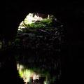 In dieser Höhle befindet sich ein kleiner See der voller kleiner Krebse ist die es nur hier gibt.