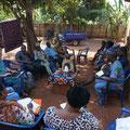 Abschlussbesprechung mit allen beninischen Projektbeteiligen