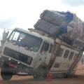 Gestrandeter Laster aus Mali