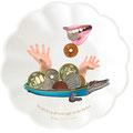 コトワザ6 【Do not keep all your eggs in one basket.】卵を全部一つのかごに入れるな(金を一カ所に集めたり、 一つの事業に全部投資してはならないということ。 万一のことを考えて危険の分散をはかるべきだというたとえ。)