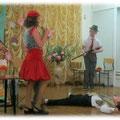 """Инсценировка сказки на английском языке """"Красная шапочка"""" на выпускном в 4а, 2013."""