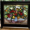 色鮮やかなお花、ステンドグラスならでは表現です
