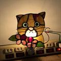 ご自分の猫をモチーフにおやすみランプを作りました。可愛いですね。